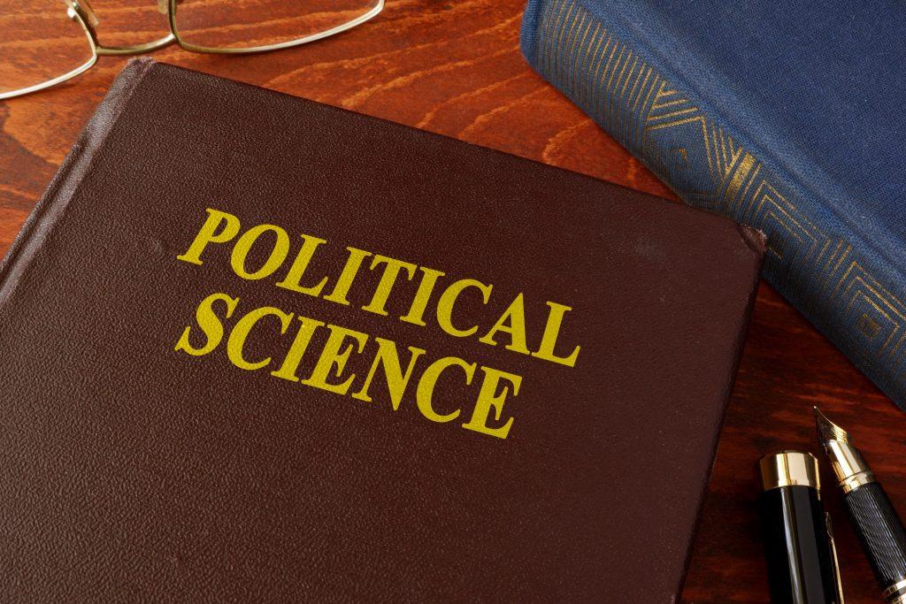 studiare scienze politiche a caserta